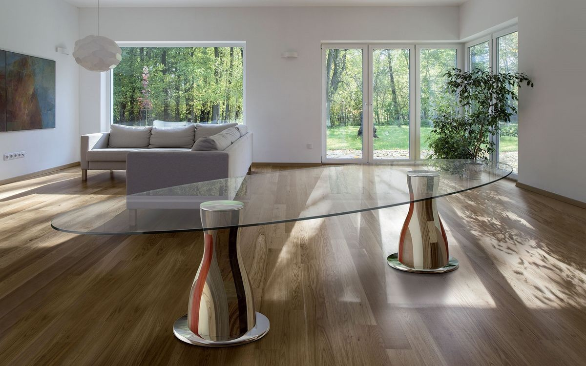 Mesa ovalada, 2 bases de madera, tapa de cristal | IDFdesign