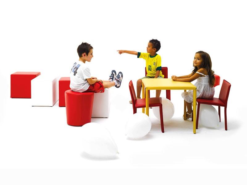 Junior, Pequeña mesa, cubierta con cuero, de la cantina de los niños