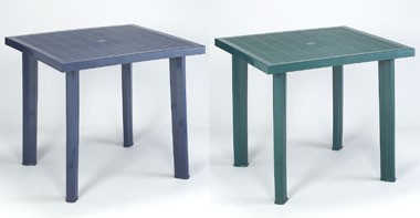 Fiocco, Mesa cuadrada hecha de resina, uso al aire libre