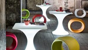 Milo, Mesa al aire libre para uso contractual, con iluminación