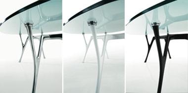 Pegaso, Mesa ovalada en aluminio con tapa de cristal para salas de estar
