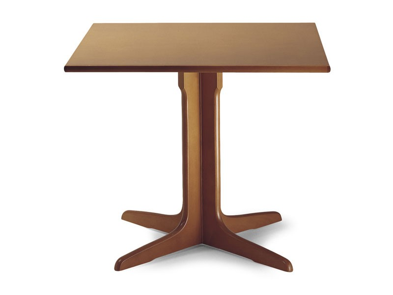 924, Mesa de madera con columna central