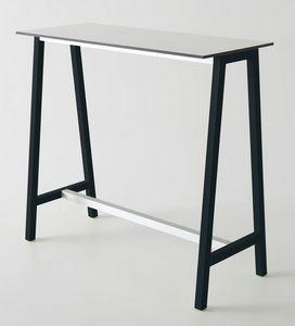 Step, Mesa alta en metal y polímero, para bares