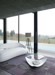 QUIET, Mesa baja original en madera y vidrio, para la sala de estar