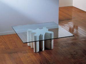 Splash, Mesa de centro con base hecha de piedra, la tapa en vidrio