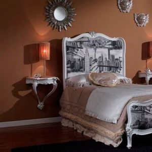 3615 MESITA DE NOCHE, Mesita de noche lacada en blanco adecuado para dormitorios clásicos