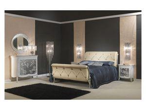 Art. 610 Bedside Table, Mesita de noche de madera, decorado con pan de plata, para mobiliario clásico