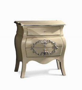 Art. 760, Mesa de noche de madera con acabado en plata