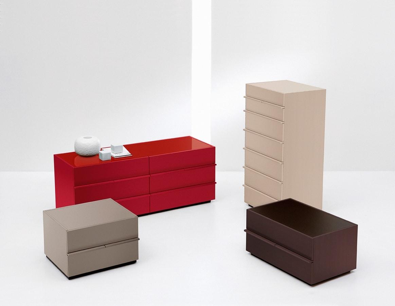 AKI nightstand, Mesilla de noche lacada moderno, para el dormitorio