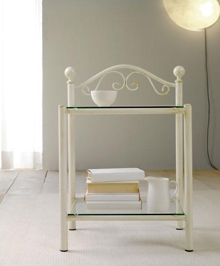 Lina Bedside Table, Mesita de luz en hierro pintado y 2 estantes de vidrio