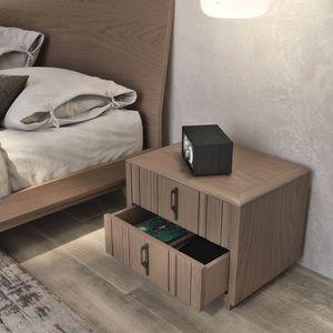 Nova NOVA1303T, Mesita de noche de madera moderna con z�calo