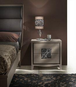 ST 731, Mesa de noche clásica, con inserto en cuero bordado