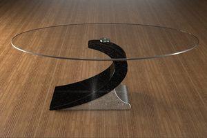 Ciclope, Mesita para salón con tapa de cristal oval.