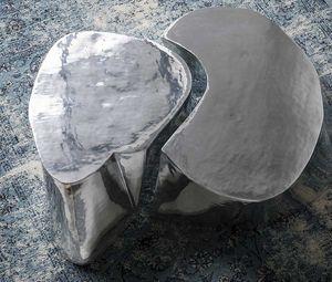 Otto, Mesa de centro en aluminio fundido pulido y cepillado