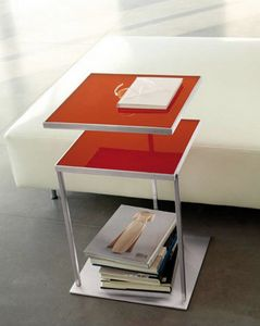 Square, Mesa con dos copas de vidrio, giratorio disponibles