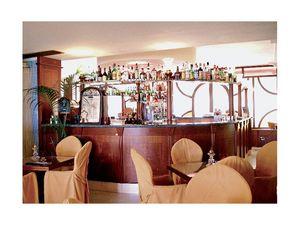 Regency Hotel 2, Barra de bar Made -a- medida, estructura de madera fina, tapa de m�rmol