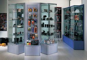 Overglass comp.03, Vitrinas y elementos de visualización para tiendas.