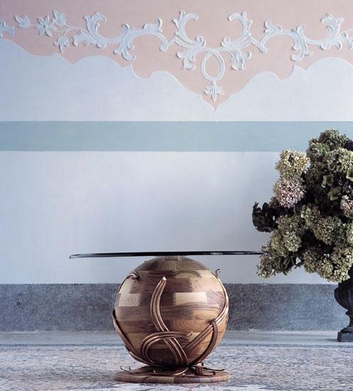 Zeus, Nivel A base esférica en madera maciza de nogal, placa de vidrio
