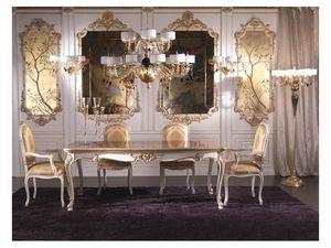 Boiserie, Pared de madera en estilo clásico de lujo, decorado a mano