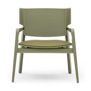 Offset 02842, Butaca en madera maciza, asiento tapizado, estilo moderno