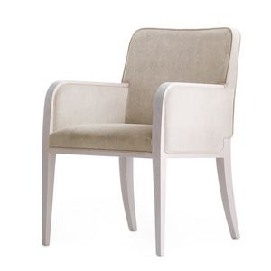 Opera 02231, Butaca en madera maciza, asiento y respaldo tapizados, revestimiento de tela, estilo moderno