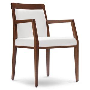 PL 49 EP, Sillón de madera, asiento cubierto en piel sintética, a los restaurantes y hoteles