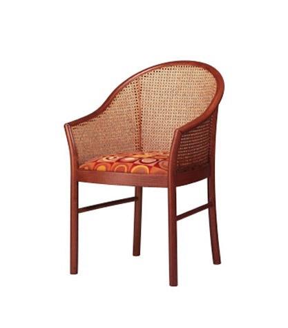 404, Elegante silla de madera de haya, de vuelta en la caña