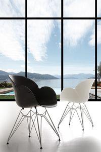 Art. 292 Lotus Metal, Polipropileno y sillón de metal, resistente y duradero
