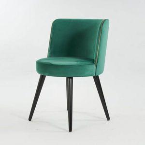 BS Chairs Srl, Sillas