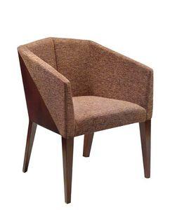 C36, Sillón con brazos en madera de haya, asiento y respaldo tapizados, cubiertas de tela, para el uso del contrato