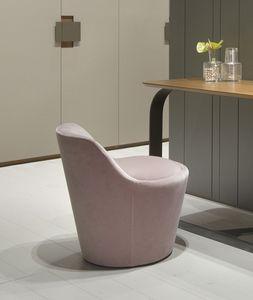 CHLOÉ pequeño sillón, Pequeño sillón tapizado en terciopelo.