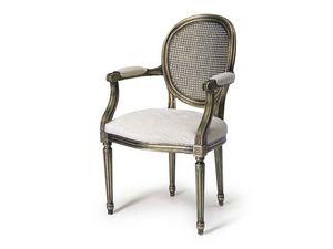Art.105 armchair, Butaca con asiento y respaldo de paja, estilo Luis XV