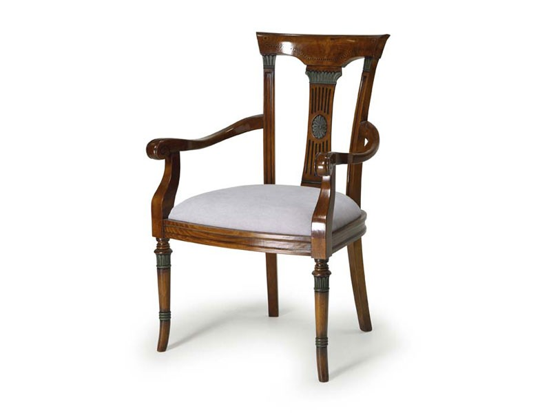 Art.187 armchair, Butaca de madera con asiento tapizado, de estilo clásico