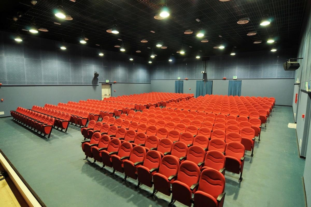 Simplex 2, Sillones modulares ignífugos para el teatro y el Palacio de Congresos