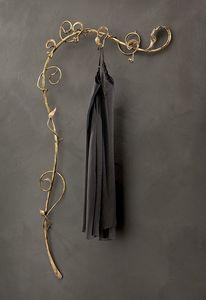 AT/501, Muro ropa árboles en hierro forjado, estilo moderno