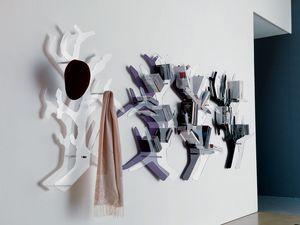 K122 tree, Perchas clother hechos de vidrio, en forma de �rbol