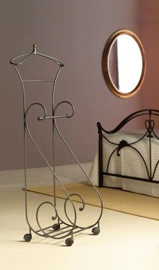 Oasis Valet, Metal valet stand, para los dormitorios clásicos
