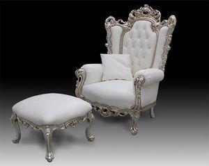 Casanova Trono, Sillón de estilo clásico cubierto de cuero, estilo barroco
