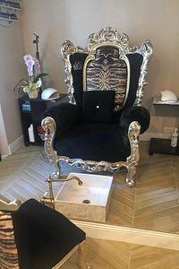 Casanova trono animalier, Butaca con apoyabrazos acolchados, de estilo barroco