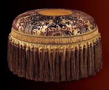 Albina armchair, Sillón con relleno acolchado, de estilo clásico