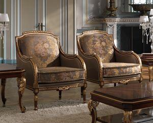 ART. 2868, Sillones clásicos con detalles dorados.