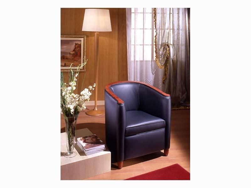Bibi, Sillón en madera de álamo, de la sala de espera y sala de estar