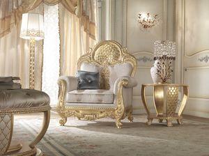 Lario sillón, Sillón de estilo clásico con decoración de encaje.