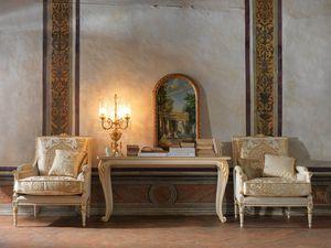 Martina sillón, Sillón tallado, con decoraciones en pan de oro.