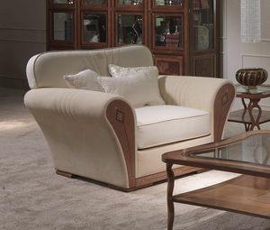 PO61 Charme, Clásico sillón tapizado, en madera con incrustaciones