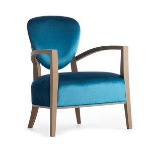 Cammeo 02641, Sillón de madera maciza, asiento y respaldo tapizados, revestimiento de tela, estilo moderno