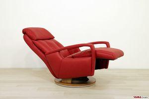 India, Moderno sillón relax manual con un diseño atractivo.