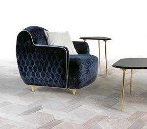W01A, Cómodo sillón tapizado