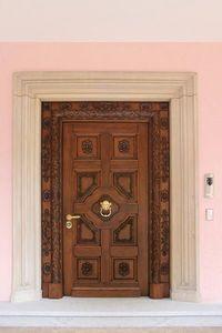 Auriga, Puerta de entrada en madera maciza de roble, tallados a mano, ideal para castillo o villa