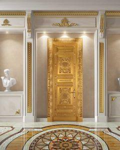 Corona Gold, Puerta enteramente decorada en hoja de oro antigua